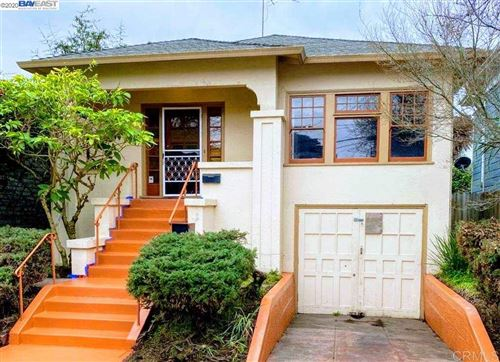 Photo of 551 43rd St, OAKLAND, CA 94609-2037 (MLS # 40896606)