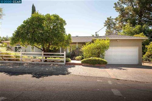 Photo of 197 Gordon Rd, WALNUT CREEK, CA 94598 (MLS # 40922606)