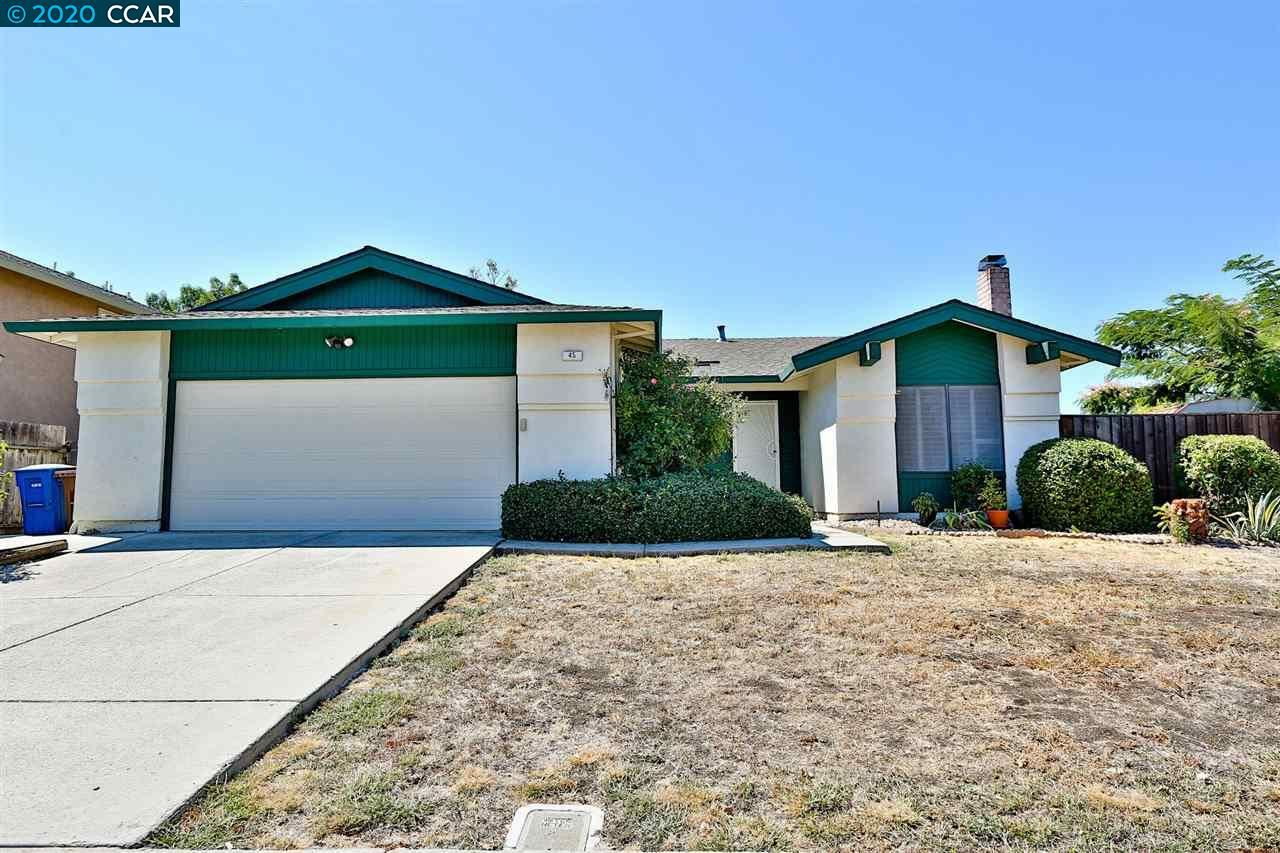 Photo of 45 Cloverleaf Cir, BRENTWOOD, CA 94513 (MLS # 40915606)