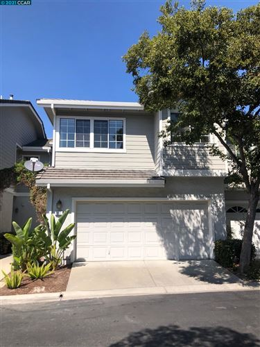 Photo of 222 Country Meadows Ln, DANVILLE, CA 94506 (MLS # 40965608)