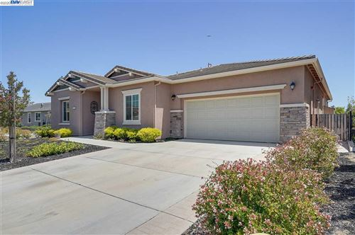 Photo of 475 Mallards Gulch Dr, RIO VISTA, CA 94571 (MLS # 40882609)