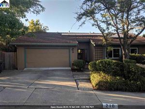 Photo of 210 Donegal Way, MARTINEZ, CA 94553 (MLS # 40876613)