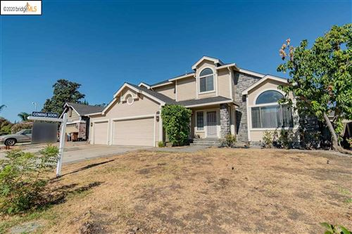 Photo of 805 Bluerock Dr, ANTIOCH, CA 94509 (MLS # 40924613)