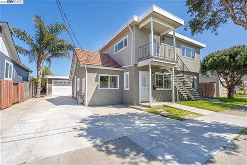 Photo of 552 1st Ave, SAN BRUNO, CA 94066-4501 (MLS # 40944617)