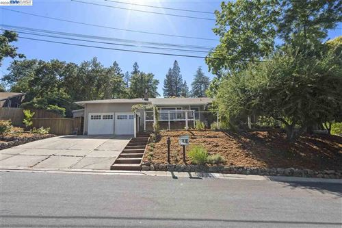 Photo of 771 Charlton Cir, PLEASANT HILL, CA 94523 (MLS # 40910618)