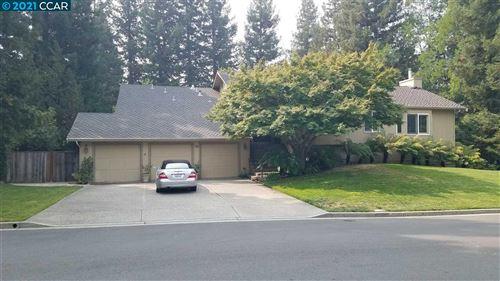 Photo of 1308 Still Creek Pl, DANVILLE, CA 94506 (MLS # 40959622)