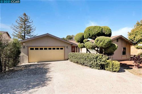 Photo of 16 Valley View, EL SOBRANTE, CA 94803 (MLS # 40937624)