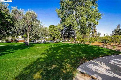 Tiny photo for 3524 Ridgecrest Way, LIVERMORE, CA 94551 (MLS # 40947625)