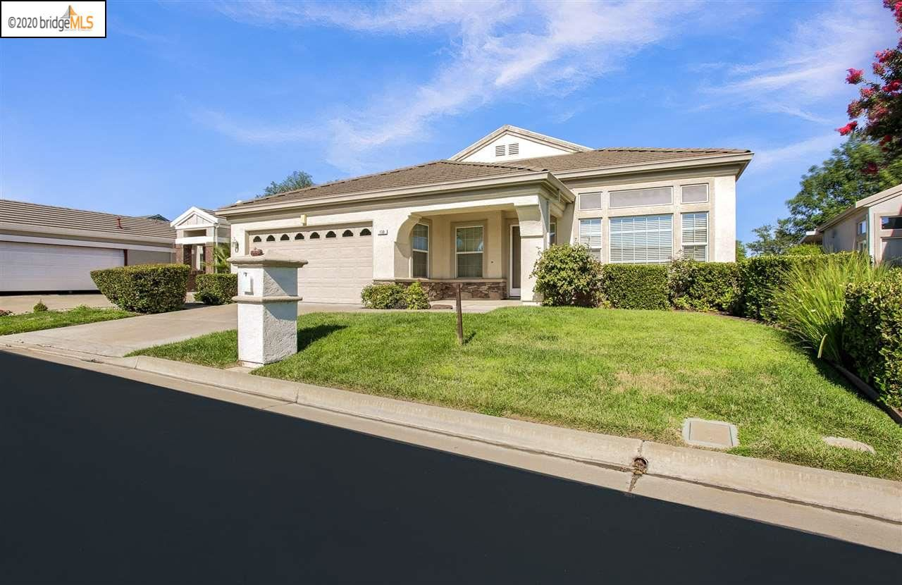 Photo of 130 GALA LANE, BRENTWOOD, CA 94513-9999 (MLS # 40915625)