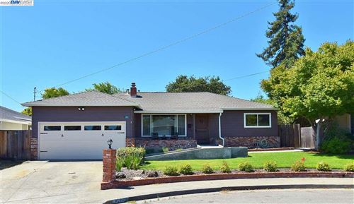 Photo of 4263 Circle Ave, CASTRO VALLEY, CA 94546 (MLS # 40911626)