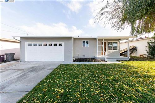 Photo of 18144 Robscott Ave, HAYWARD, CA 94541 (MLS # 40890627)