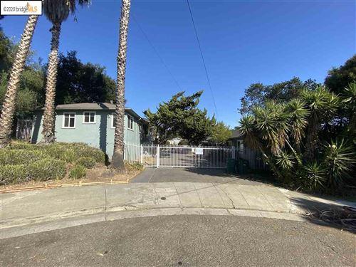 Photo of 2382 Grande Vista Place, OAKLAND, CA 94601 (MLS # 40928627)