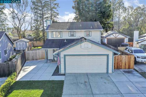Photo of 196 Catalpa Lane, VACAVILLE, CA 95687 (MLS # 40933627)