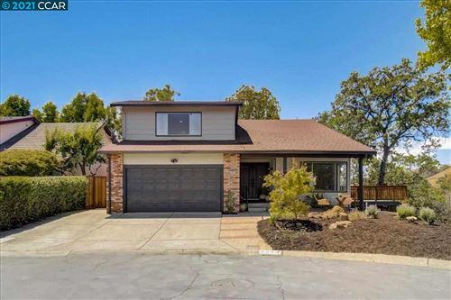 Photo of 6344 Greenridge Ct, MARTINEZ, CA 94553 (MLS # 40953628)