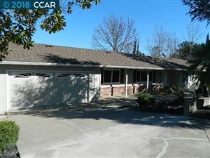 Photo of 25 Mayfield Place, MORAGA, CA 94556 (MLS # 40821629)