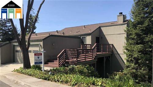 Photo of 1839 Sally Creek Cir, HAYWARD, CA 94541 (MLS # 40921629)