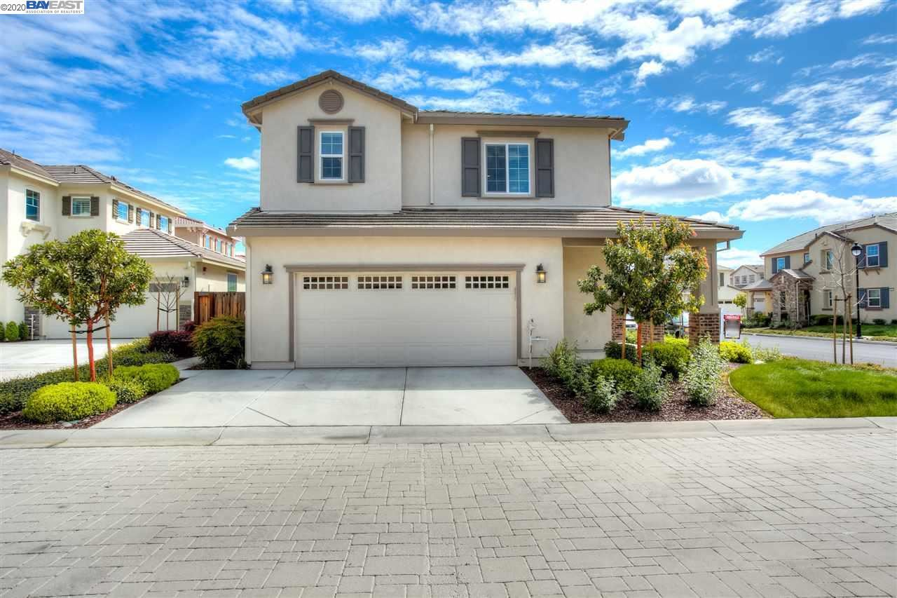 Photo of 2085 Salice Way, BRENTWOOD, CA 94513 (MLS # 40900632)