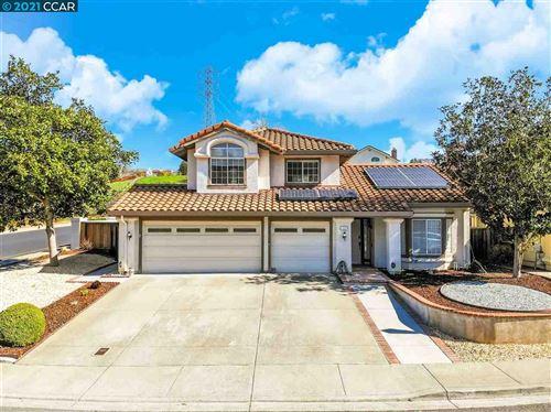 Photo of 103 Balboa Ct, HERCULES, CA 94547 (MLS # 40939633)