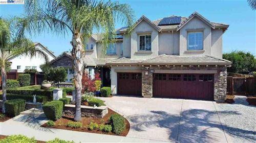 Photo of 1421 Hillsborough Blvd, BRENTWOOD, CA 94513 (MLS # 40958635)