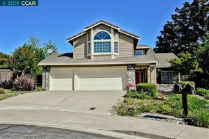 Photo of 402 Timberline Ct, PLEASANT HILL, CA 94523 (MLS # 40871638)