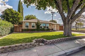 Photo of 1690 Holly Dr, TRACY, CA 95376 (MLS # 40884638)