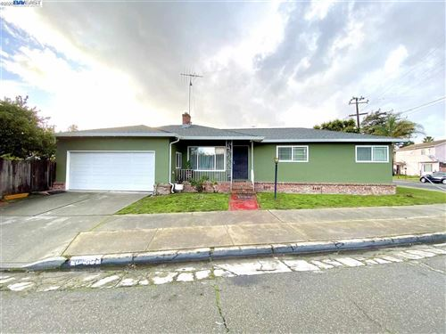 Photo of 10505 Sunnyside St, OAKLAND, CA 94603 (MLS # 40892638)