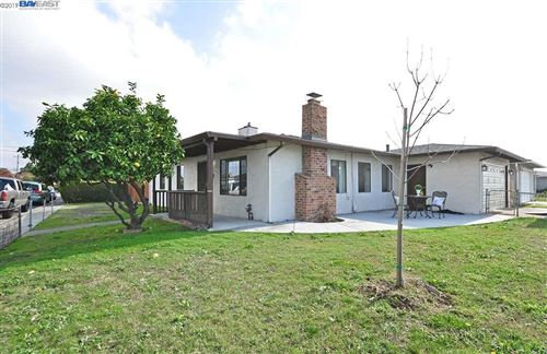 Photo of 840 Sueirro St, HAYWARD, CA 94541 (MLS # 40890639)