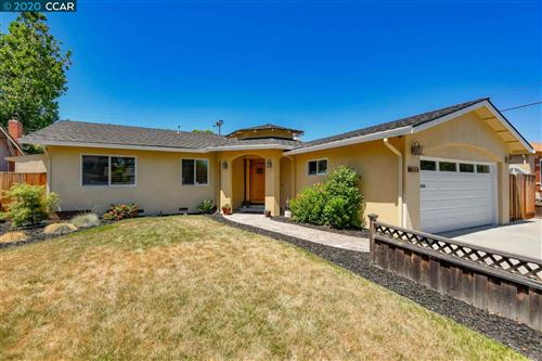 Photo of 4551 Crestwood St, FREMONT, CA 94538 (MLS # 40911639)
