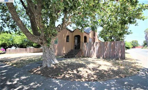 Photo of 392 Idora Ave, VALLEJO, CA 94591 (MLS # 40910643)