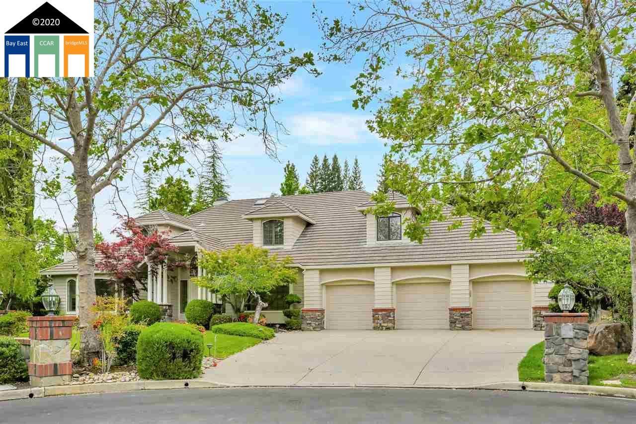 Photo for 110 Wild Oak Ct, DANVILLE, CA 94506 (MLS # 40905643)