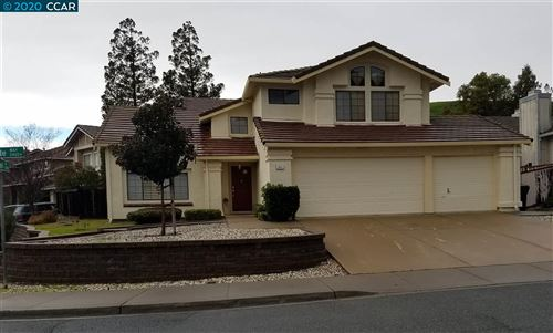 Photo of 2401 Covelite Way, ANTIOCH, CA 94531-7723 (MLS # 40892645)