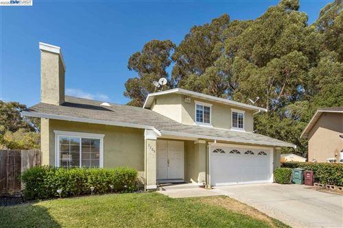 Photo of 3268 Ursa Way, HAYWARD, CA 94541 (MLS # 40915646)