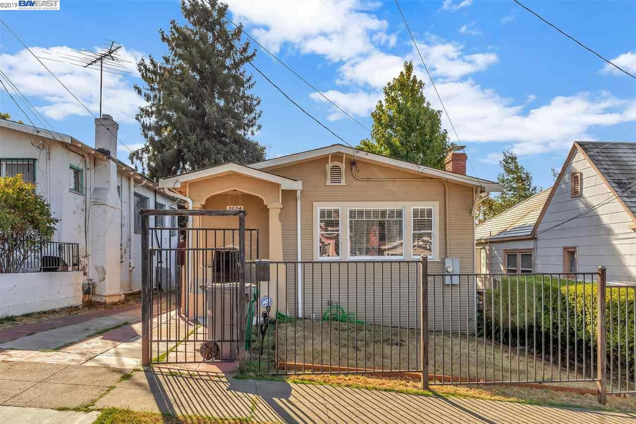Photo for 2624 77Th Ave, OAKLAND, CA 94605 (MLS # 40882646)