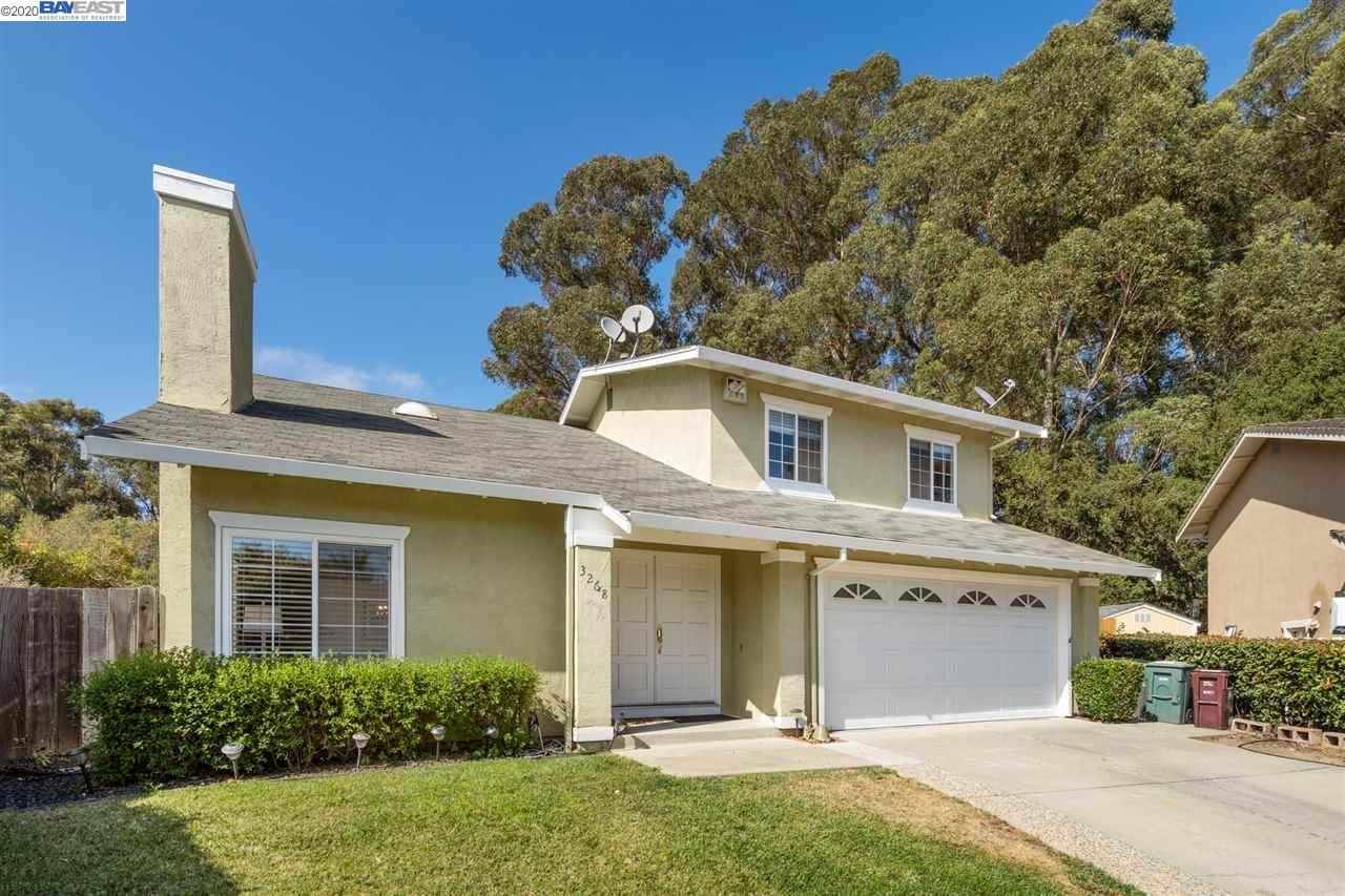Photo for 3268 Ursa Way, HAYWARD, CA 94541 (MLS # 40915646)