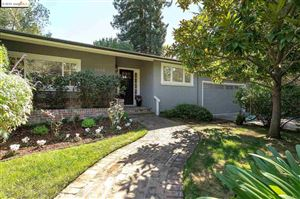 Photo of 5800 Pinewood Rd, OAKLAND, CA 94611 (MLS # 40885648)