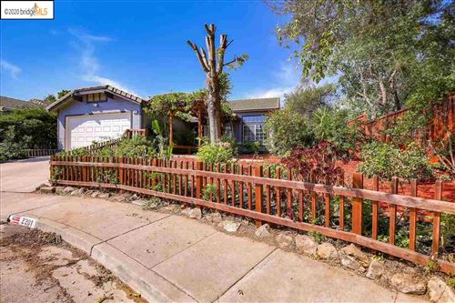 Photo of 2201 Willow Ave, BAY POINT, CA 94565 (MLS # 40922649)