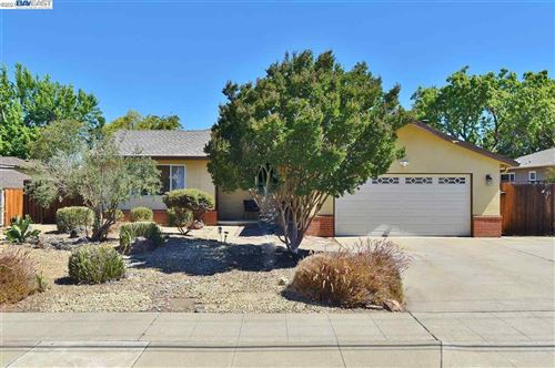 Photo of 4348 East Avenue, LIVERMORE, CA 94550 (MLS # 40955649)