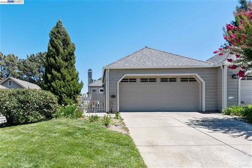 Photo of 1861 N Forest Hill Pl, DANVILLE, CA 94526 (MLS # 40915650)