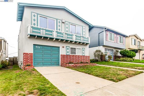 Photo of 972 Skyline Dr, DALY CITY, CA 94015 (MLS # 40921650)