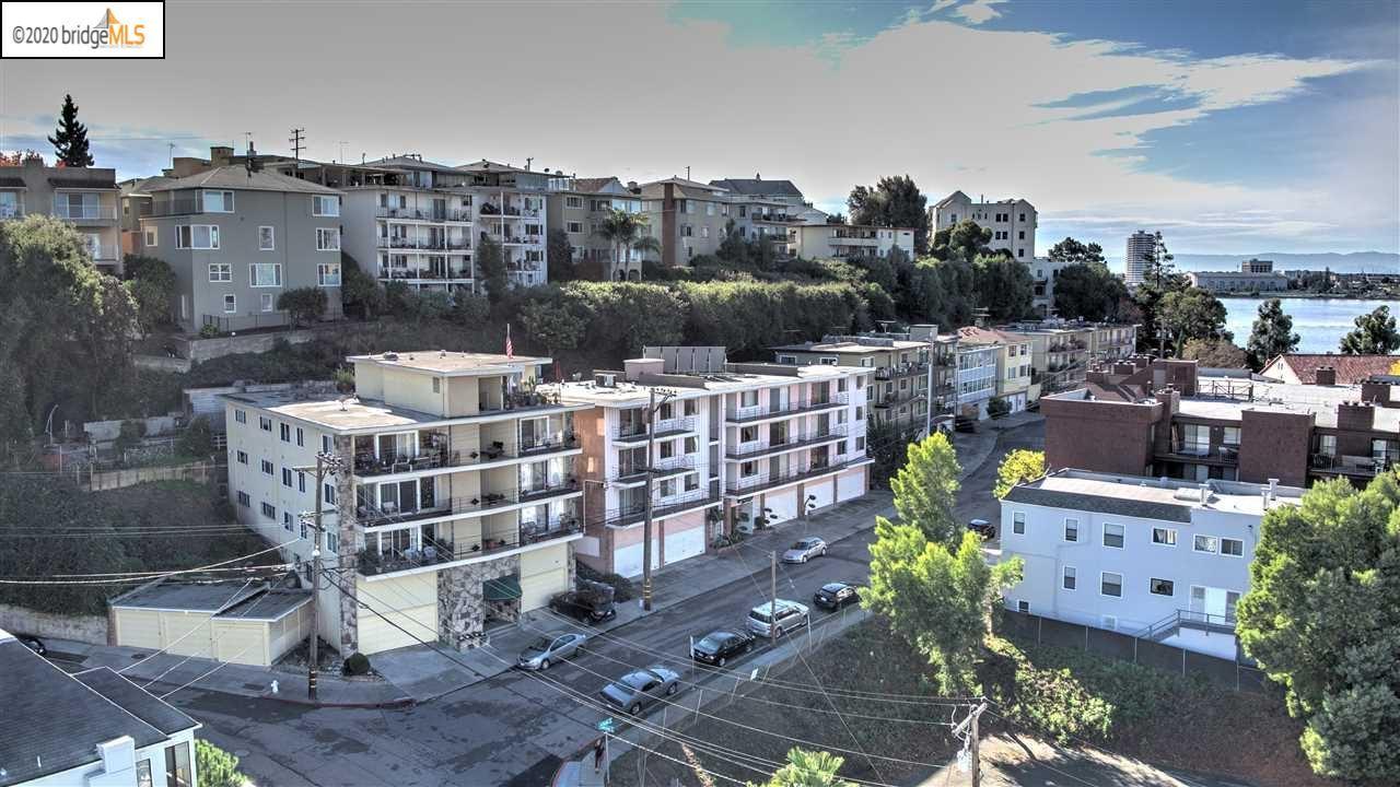 Photo of 570 Boden Way, OAKLAND, CA 94610 (MLS # 40900650)