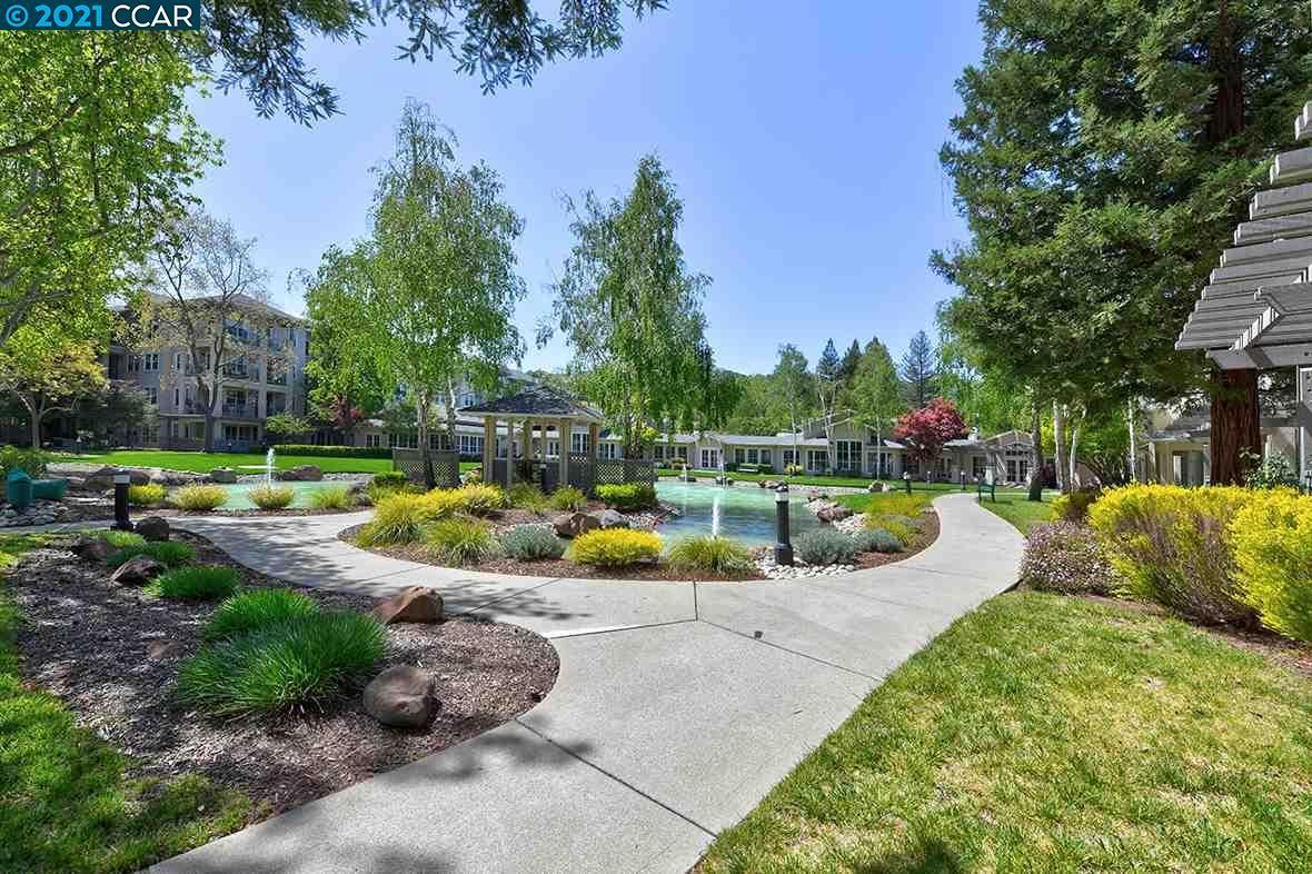 Photo of 1840 Tice Creek Dr #2340, WALNUT CREEK, CA 94595 (MLS # 40946650)