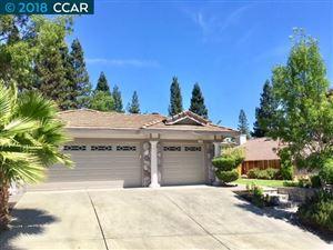 Photo of 319 Deepcreek Court, DANVILLE, CA 94506 (MLS # 40847652)