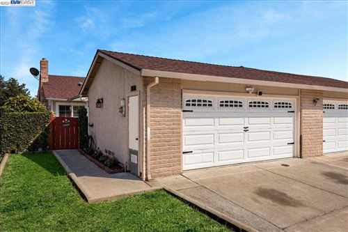Photo of 31242 Lily St, UNION CITY, CA 94587 (MLS # 40954653)