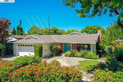 Photo of 33586 Colgate Dr., UNION CITY, CA 94587-3206 (MLS # 40914654)