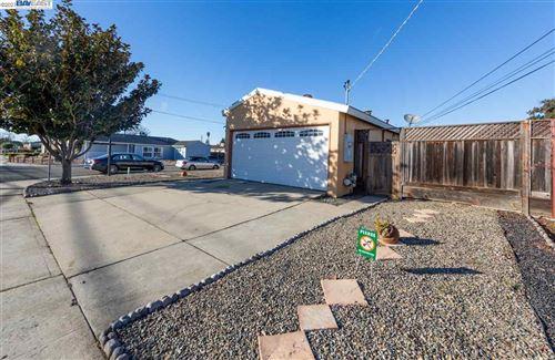 Photo of 1247 Purdue St, SAN LEANDRO, CA 94579 (MLS # 40934655)