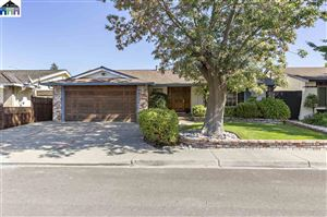 Photo of 35680 dee, FREMONT, CA 94536 (MLS # 40885657)