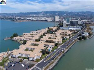 Photo of 3 Admiral #F-454, EMERYVILLE, CA 94608-1582 (MLS # 40872658)