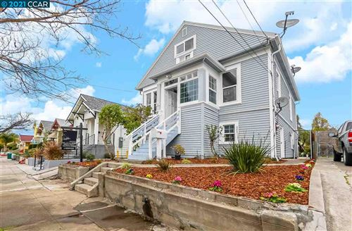 Photo of 840 58Th St, OAKLAND, CA 94608 (MLS # 40935658)