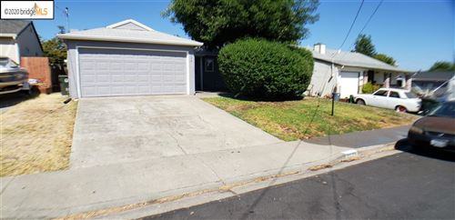 Photo of 2004 Woodland Dr, ANTIOCH, CA 94509 (MLS # 40915661)