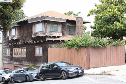 Photo of 1035 Ashbury St, SAN FRANCISCO, CA 94117 (MLS # 40919661)